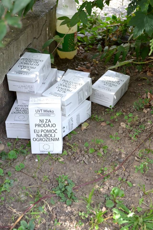 Zavrženo mleko, namenjeno humanitarni uporabi. Foto: Ab Aeterno Marija Požlep