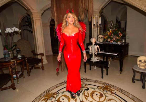 Sexy Mariah Carey je za en dan postala hudičevka.
